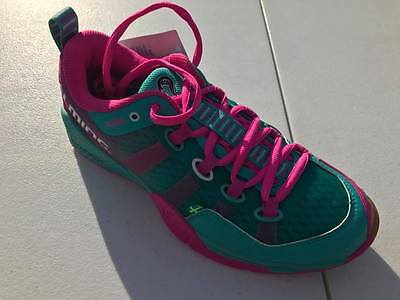 *NEW* Salming Kobra Women's Turquoise. Available in Sizes 6-10 *Custom Squash