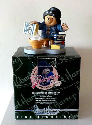 Robert Harrop Paddinton Bear - Paddington bakes a Cake PB02