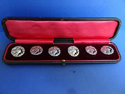 Cased set of 6 Art Nouveau Silver Buttons. Birmingham 1903