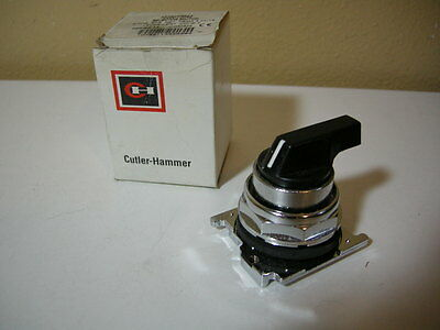 New! Eaton Cutler Hammer 10250T3043 3 Pos Selector Switch Series A3 Blk