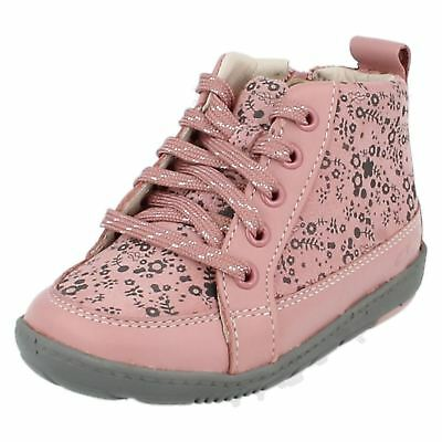 * SALE * CLARKS Maxi Libby Fst Girls Pink Suede Boot