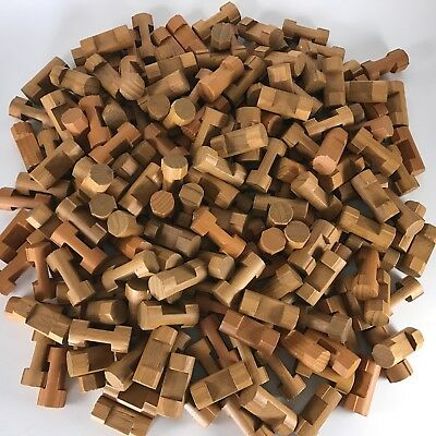 Lincoln Logs 1 Notch 200 Piece Lot 1.5 in K'Nex Wooden Round Connectors Parts