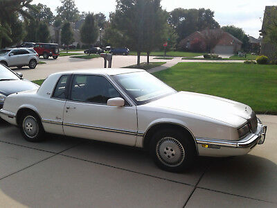 1992 Buick Riviera  1992 Buick Riveria in Immaculate Condtion