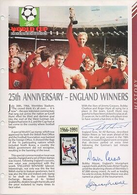 Bobby Moore Hurst Peters England World Cup 66 authentic genuine signed COA UACC