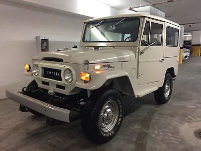 1970 Toyota Land Cruiser  4X4 Classic Off Roading Collector Car