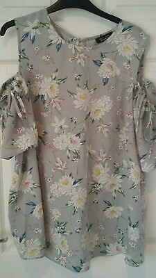 New look floral maternity cold shoulder top size 16