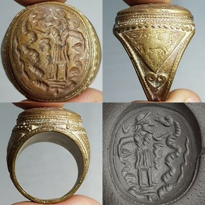 2 Snake Catcher Intaglio Bronze Antique Lovely Ring #L