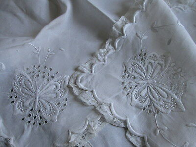BUTTERFLIES VICTORIAN RUNNER Antique French Lace Ruffles Embroidered Linen 20x50