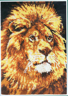 """The Craft Collection Limited - RUG CHART 88973 - ' HIS MAJESTY' LION - 30x40"""" -"""