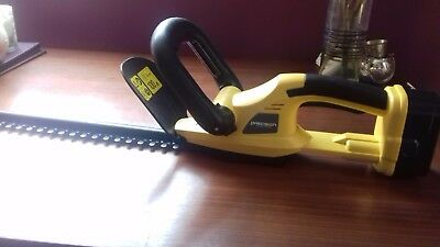 cordless hedge trimmers for spares or repairs