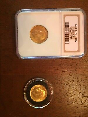 2 British Gold Sovereigns encased in plastic holders, 1928 & 1925, excellent.