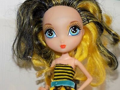 Dee Bee-Licious Garden Tea Party La Dee Da Girls fashion figure  Doll bumble bee