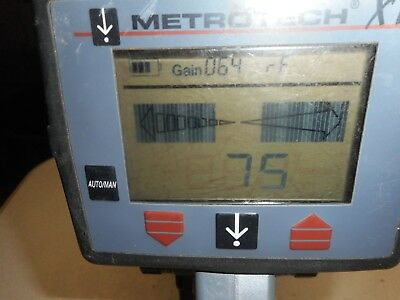 Metrotech 9890XT   Cable Pipe Locator Receiver
