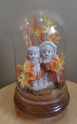 Vintage BOY & GIRL Winding DOME Glass/Wood MUSICAL Box~Silk FLOWERS