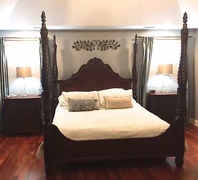 Thomasville Four poster King Size Mahogany Bed and Two Mahogany Side Tables