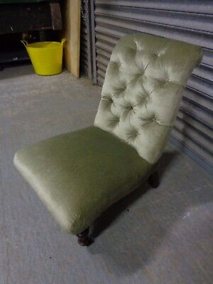 A Single Victorian / Edwardian Small Upholstered Nursing Chair Button Back