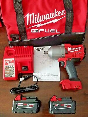 """New Milwaukee M18 FUEL 1/2"""" High Torque 1400 ft-lb Impact Wrench Kit 2767-22"""