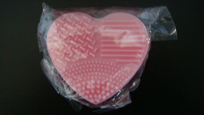 Eponge Brosse Coeur Rose Silicone Nettoyage Pinceaux Maquillage Sous Blister