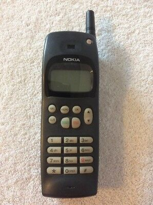 Vintage NOKIA 636 Cell Phone. BLACK. WITH DEAD BATTERY. UNTESTED.