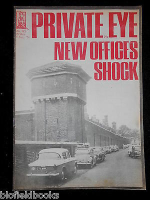 PRIVATE EYE - Vintage Satirical Political News Humour Magazine - 6th August 1976