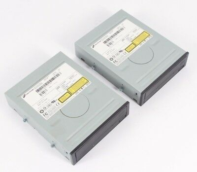 Lot of 2- HITACHI LG DATA STORAGE GCR-8483B CD ROM DRIVE