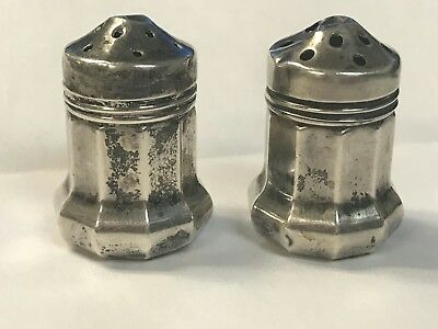 Gorgeous And Designer WER 569 Sterling Silver 925 Lined Salt & Pepper Shakers