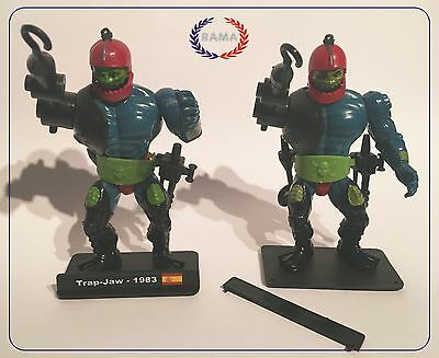 he-man plastic stands vintage masters of the universe pack 10 units news!