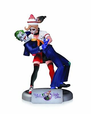 DC Bombshells Statue The Joker & Harley Quinn 2nd Edition