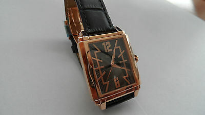 RSW 9220 watch, Swiss made genuine. Gold color.