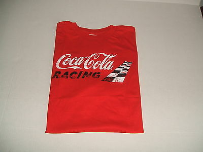 Beautifull Red Coca-Cola Racing   T-Shirt Large