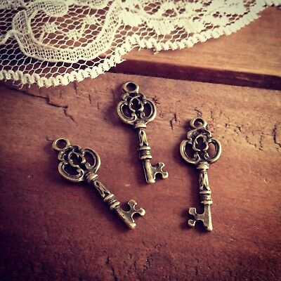 Lot of 96 Vintage Style Mini Antique/Old Skeleton Keys (For Decoration/Jewelry)