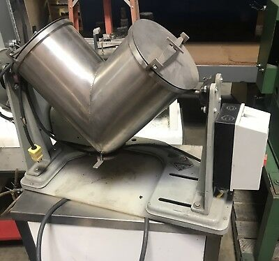 PATTERSON KELLY 8QT Stainless steel V Blender