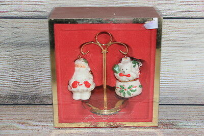 Lenox Holiday Santa And Toys Salt And Pepper Shakers With Stand