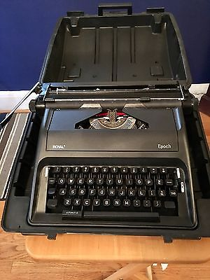 Royal Epoch Portable Manual Typewriter Excellent Condition