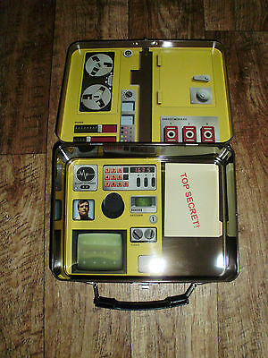 The Six Million Dollar Man Reproduction Tin Lunchbox Walter Goldman Briefcase