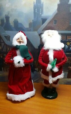 Lot Of 2- 1985/87 Byers Choice Mr & Mrs. Clause Carolers-Very Nice!