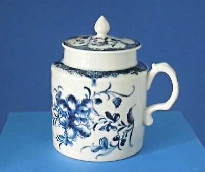 Dr Wall 1st Period Worcester Blue & White porcelain  Mustard Pot & lid C1765-70