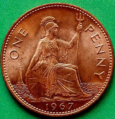 UNCIRCULATED 1967 Elizabeth II One Penny Coin. GOOD DETAILS WITH HINT OF LUSTRE