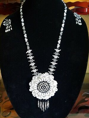 Huichol Black And White Flower Necklace Set 3D  Mexican  Nayarit Native Art