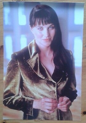 """~11.5x8"""" picture of Lucy Lawless (Xena Warrior Princess)"""