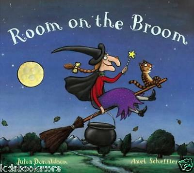 Julia Donaldson Story Book  - ROOM ON THE BROOM Story Book - Paperback - NEW