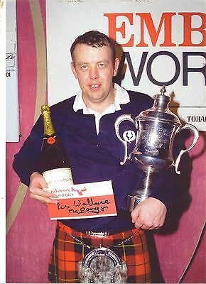 Signed Picture Of Les Wallace  Lakeside Winner