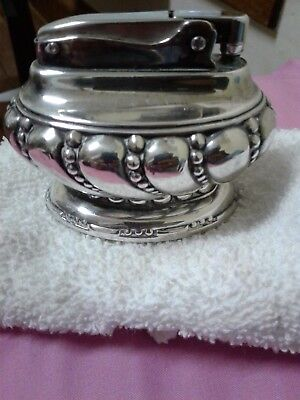 antique roson lighter all silver in great condition!