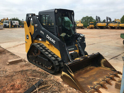 2016 John Deere 317 Skid Steer Loader