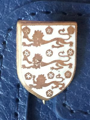 Vintage England  (Three Lions) badge