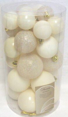 30 Luxury Shatterproof Christmas Baubles Tree Decorations - Cream Wool White