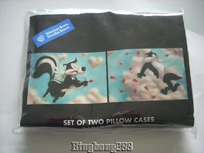 Warner Brothers Store PEPE LE PEW & PENELOPE Pillowcases NEW