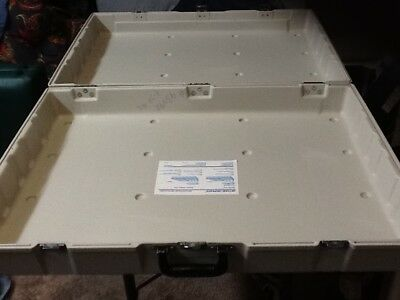 Skyline Reflex Portable Display case carrier -off white  color for trade show .