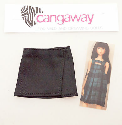 Black skirt for Momoko and similar sized dolls by Cangaway 1/6 scale