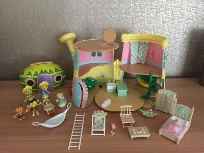 FIFI & THE FLOWER TOTS Bundle Including Watering Can, House Figures, Accessories